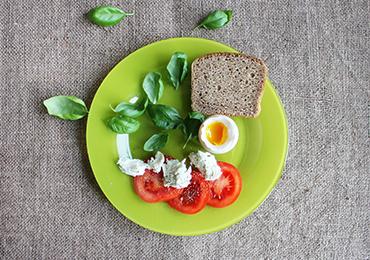 Alimentos que debe llevar un plato saludable
