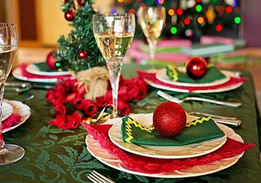 Es recomendable evitar los excesos en Navidades