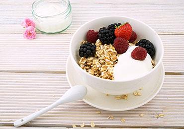 ¿Qué alimentos mantienen las defensas más fuertes?